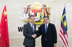 China, Malaysia pledge to boost friendly cooperation