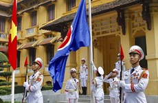 Hanoi hosts flag-raising ceremony to mark ASEAN establishment