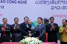 Forum helps promote Vietnam – Laos technology connection