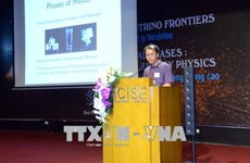Vietnamese physics professor wins 2018 Dirac Medal