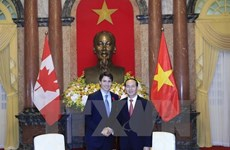 Congratulations on 45th anniversary of Vietnam-Canada ties
