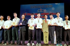 Nearly 500 Vallet scholarships granted to Vietnamese students