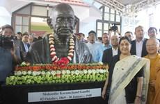 Mahatma Gandhi bust inaugurated in Hanoi
