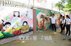 """""""Brighten up your life"""" art project launched in Da Nang"""