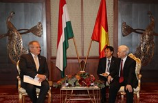 Hungarian Workers' Party treasures ties with Vietnam