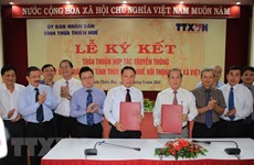 VNA, Thua Thien-Hue sign communication cooperation deal