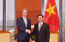 WEF willing to back Vietnam's digital economy: WEF President