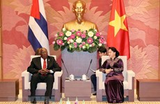 Vietnam's top legislator meets with Vice President of Cuba