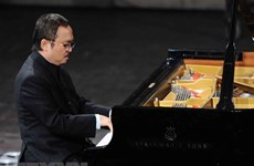 Vietnamese pianist receives Poland's acclaimed art award