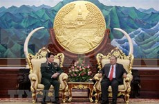 Lao leaders hail army cooperation with Vietnam