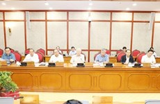 Politburo mulls schemes to be submitted to Party Central Committee's 8th meeting