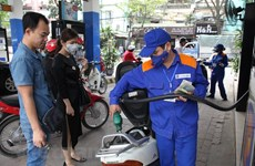 Petrol price rises 320 VND per litre on Sept 21