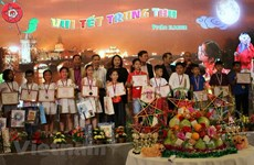 Mid-Autumn Festival held for Vietnamese children in Czech Republic