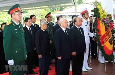 Party, State, NA, Gov't leaders pay tribute to President Quang
