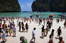 Thailand closes Maya Bay to recover ecosystem