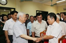 Party chief highlights fight against corruption, wastefulness
