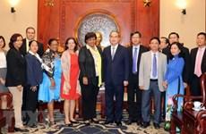 HCM City leader receives Cuban guest