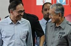 Former Deputy PM Anwar returns to Malaysian political arena