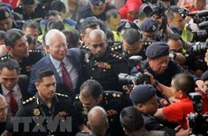 Former Malaysian PM questioned again over 1MDB fund