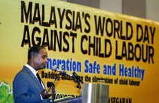 Malaysia increases fines for child labour use