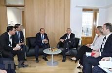 PM holds bilateral meetings in ASEM 12 framework