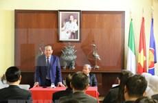Deputy PM visits Embassy in Italy