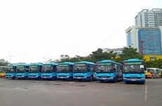 New bus route transports passengers from airport to Hanoi's centre