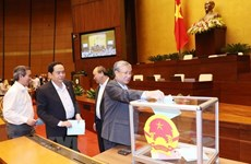 Legislators cast confidence votes on October 25