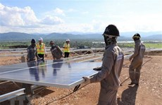 Commercial banks race to fund green energy projects