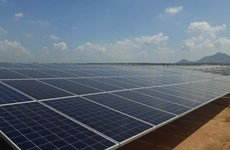 Thua Thien-Hue works to boost green growth via solar power projects