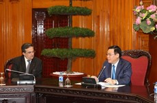 Deputy PM Vuong Dinh Hue receives French business delegation