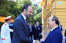 French Prime Minister concludes Vietnam visit