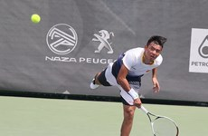 Vietnamese tennis star moves up in ATP rankings
