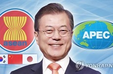 Korean President leaves for ASEAN summits in Singapore