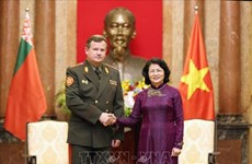 Vietnam, Belarus urged to make defence cooperation a highlight