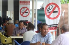 Malaysia to ban smoking at all eateries from early next year