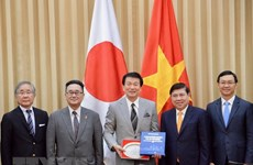 HCM City leader hosts Governor of Chiba, Japan