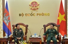 Deputy Defence Minister receives Cambodian guest