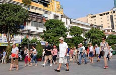 First Travel & Tourism Summit looks at problems of Vietnam tourism