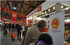 Firms promote Vietnamese handicrafts in Italy