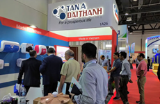 Vietnamese group attends Middle East's largest construction expo