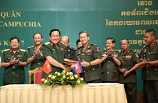 Vietnam, Cambodia step up cooperation in safeguarding border