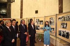 Photo exhibition on Vietnam – DPRK friendship underway in Hanoi