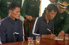 Two Philippine sailors rescued in Binh Dinh