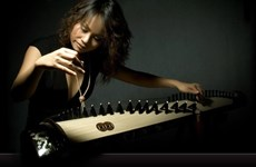 Emmy award winner Vo Van Anh performs in HCM City