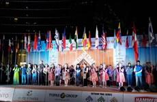 Int'l runners join Vietnam Trail Marathon in Moc Chau