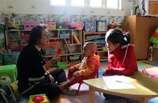 Korean doctor pursues special education in Vietnam after retirement