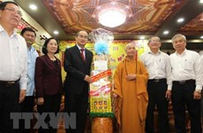 HCM City's leader pays pre-Tet visits to religious dignitaries