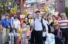 HCM City: tourism market bustling on Lunar New Year festival