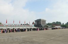 Over 47,000 people visit Ho Chi Minh Mausoleum during Tet